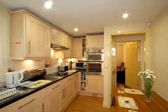 Flamborough Rock Cottages_kitchen
